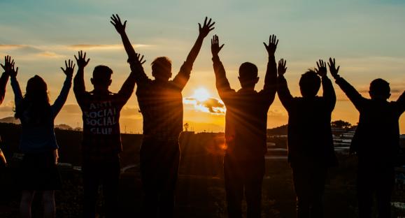 Dios no tiene favoritos – Hogares de esperanza