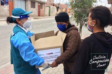 148 menores en situación de acogimiento familiar reciben canastas de alimentos