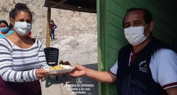 Establecen comedores para atender a más de mil personas   necesitadas