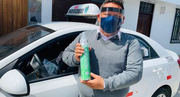 'Taxista del oxígeno' motiva a pacientes con COVID-19 a orar y conocer a Dios