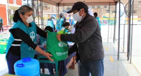4 500 familias reciben kits de higiene para protegerse de COVID-19
