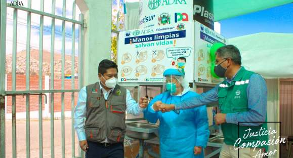 Instalan módulos de lavado de manos en mercado y centros de salud